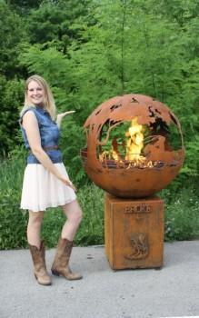 The Fire Pit Artist Melissa Crisp